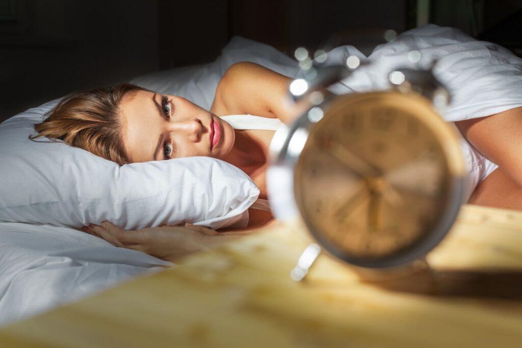 Unetuse vastu